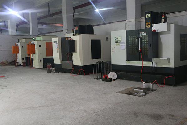CNC生产车间—华银