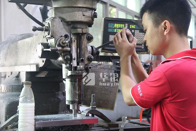 锌模具加工—华银